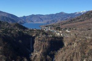 Le lac Chuzenji et la cascade