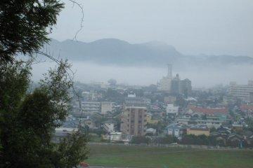 从房里眺望阿苏火山