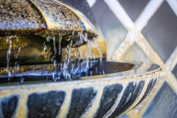 น้ำพุธรรมชาติสำหรับใช้ดื่ม