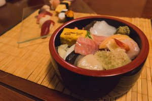 Beautiful chirashi