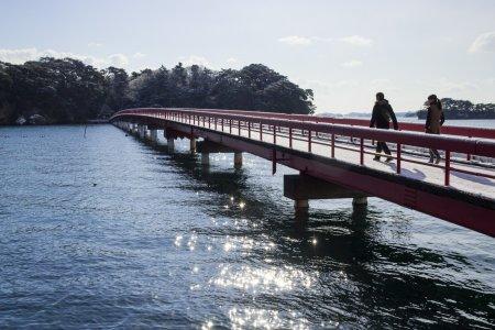 มัตซึตชิมะอ่าวที่สวยงดงาม