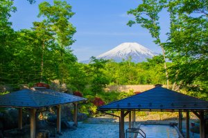 Clear view of Mt. Fuji from the rotemburo outdoor baths