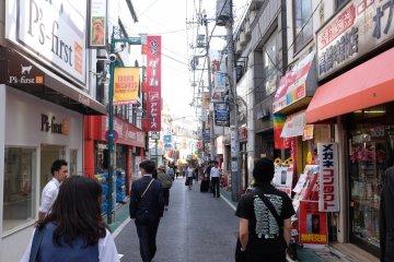 下北澤南口商店街-街道