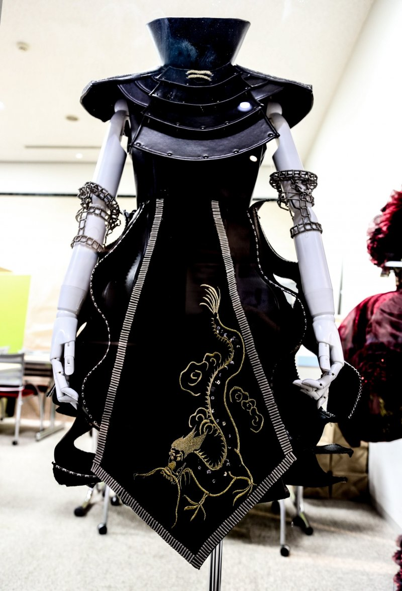 Bunka Fashion College Student W Pink Boots 6 Dokidoki: Bunka Fashion College