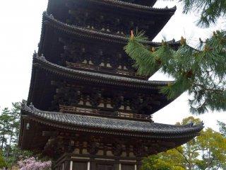 Ngôi đền Kokufu-Ji