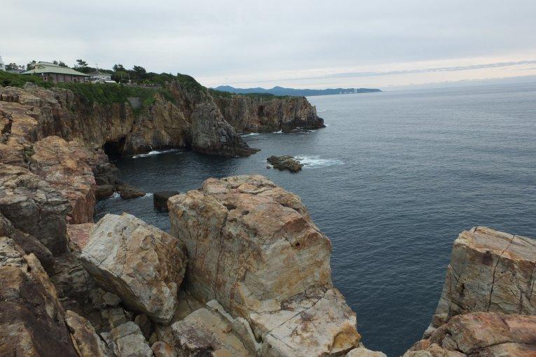 Sandanbeki Cliffs and Caves