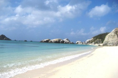 Bãi biển Aharen trên đảo Tokashiki