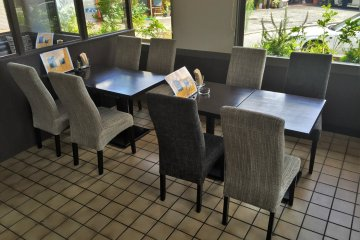 This place has plenty of seating