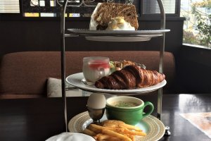 Chocolat Chocolate Deluxe Breakfast Set