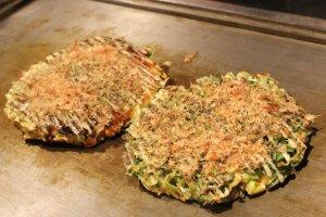 Okonomiyaki is served!