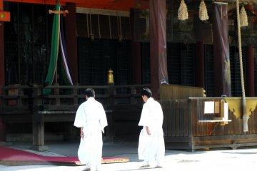 On Sunday there are many events at Yasaka jinja