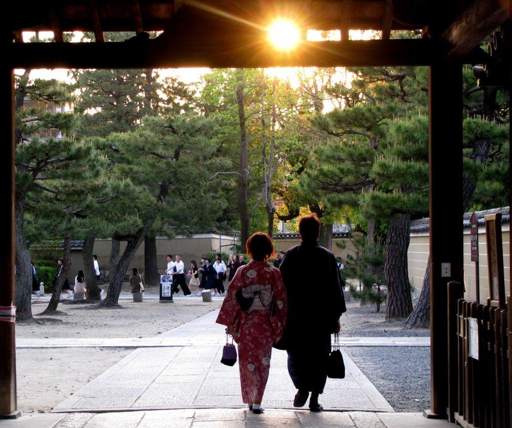 Hoàng hôn ở Kyoto