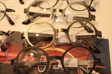Metal circular frames