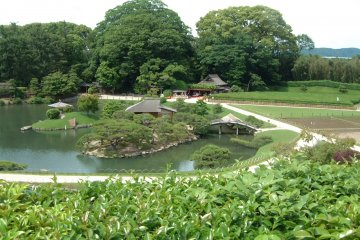 Korakuen Garden view from the hill