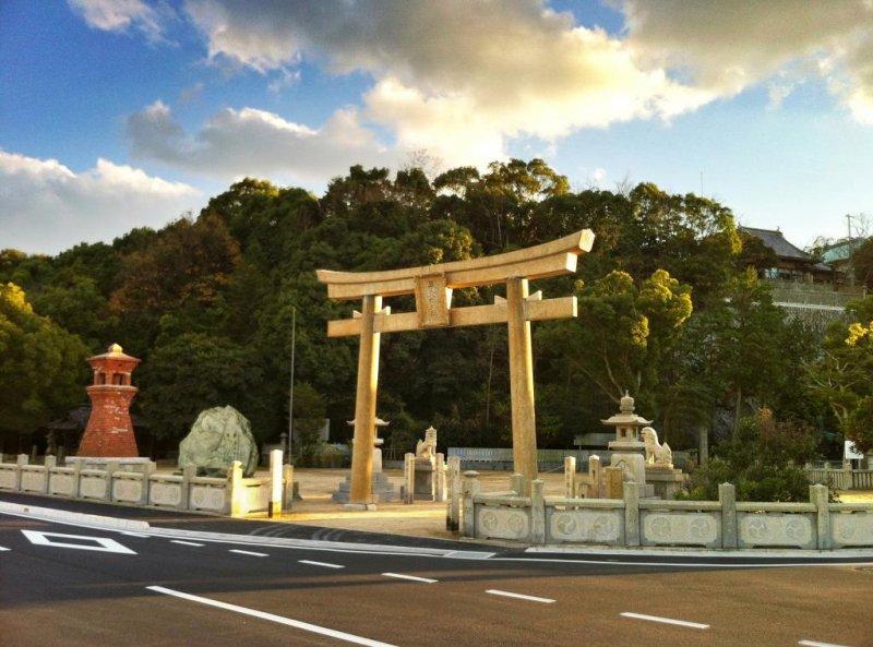 The dramatic plaza of the Tamao Hachiman Shrine in Imabari