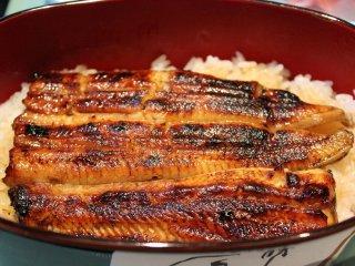 国産の鰻だから安心だ。とてもふっくらと柔らかく美味しい