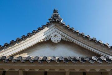 Beautiful details at Himeji Castle