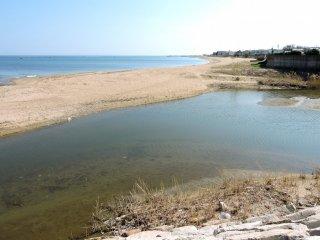 O resort da praia Kemmin Sun tem 400 metros de comprimento
