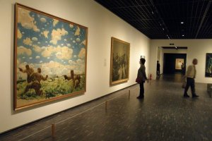 Art pieces depicting scenes from WWII