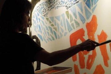 Artist Katsuhiko Hibino produced original works on-site