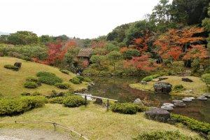 สวนด้านหลังที่สร้างขึ้นในสมัยเมจิ