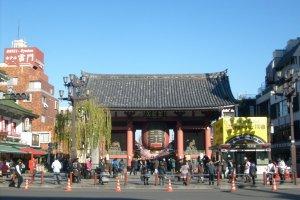 The gate at Senso-ji