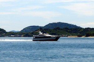 Roaring across the Seto Inland Sea