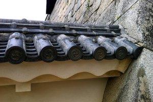 Công trình gỗ, đá và thạch anh nguyên thủy