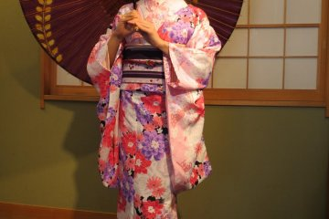 How about a kimono and traditional parasol?