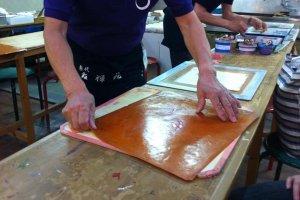 Workshop screen painting