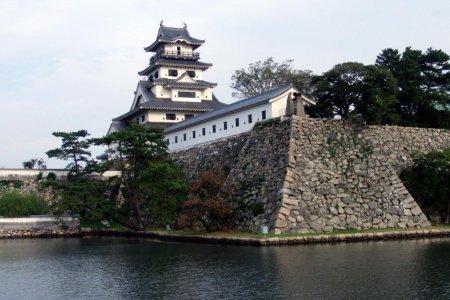 Замок Имабари