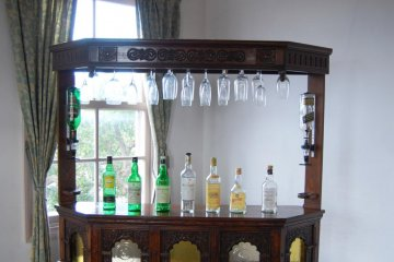 Would you like a bar in your house?