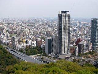 Pemandangan Kobe dari kabin kereta gantung