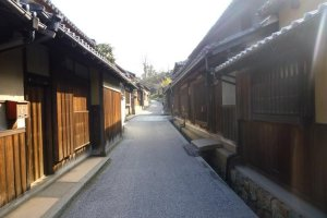 The streets of Kasashima, an ancient castle town