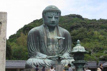 Будда и люди