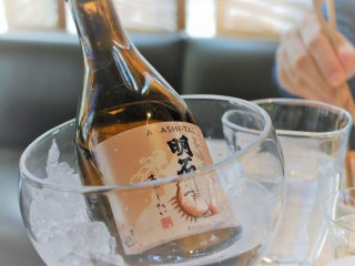 Temperature: chilling sake preserves its delicate aroma