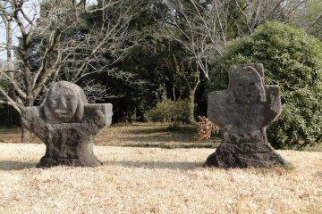 Захоронения Иватояма в виде замочных скважин