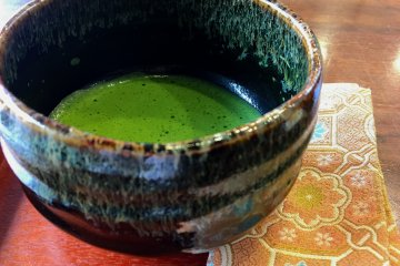 A complimentary cup of matcha to enjoy with your sweets