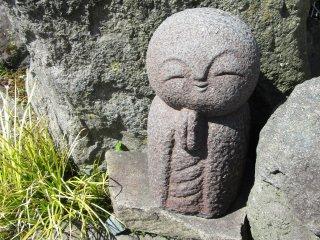 Фигурка Дзизо из камня