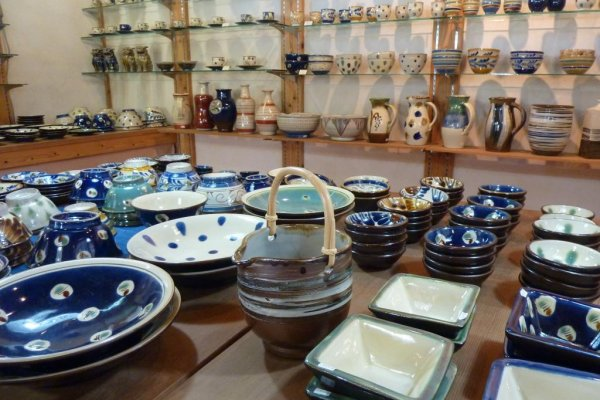 A shop at Yomitan Pottery Village