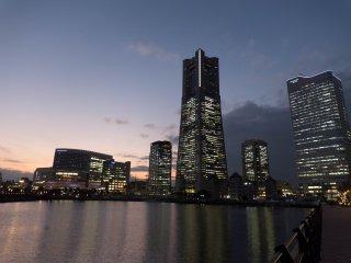 Ночной вид на Yokohama Landmark Tower