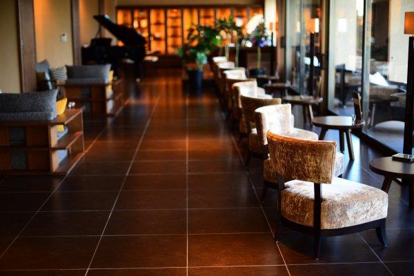 Bar lounge at Grand Hotel Kitakobushi