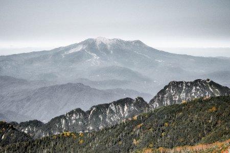 วิวระยะไกลของภูเขาออนทะเกะ