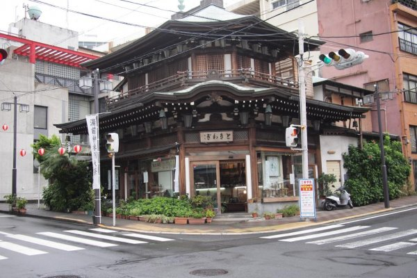 Atami\'s few remaining Meiji-period buildings are landmarks in the center of town.