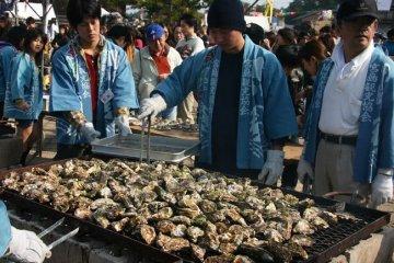 เทศกาลหอยนางรมมิยาจิมะ