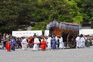 เทศกาล Aoi Matsuri แห่งเกียวโต