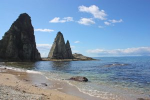 The Hotoke-ga-ura are natural rock formations said to resemble statues of Buddha.