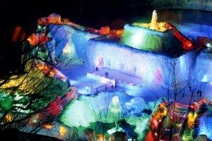 เทศกาล Sounkyo Ice Waterfall
