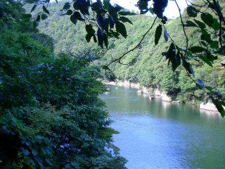 Just a few minutes upstream from the crowds in Sagano is a unspoilt paradise