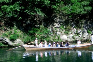 The gentle pleasures of boating from the Tale of Genji is recreated on a sunny afternoon in Arashiyama